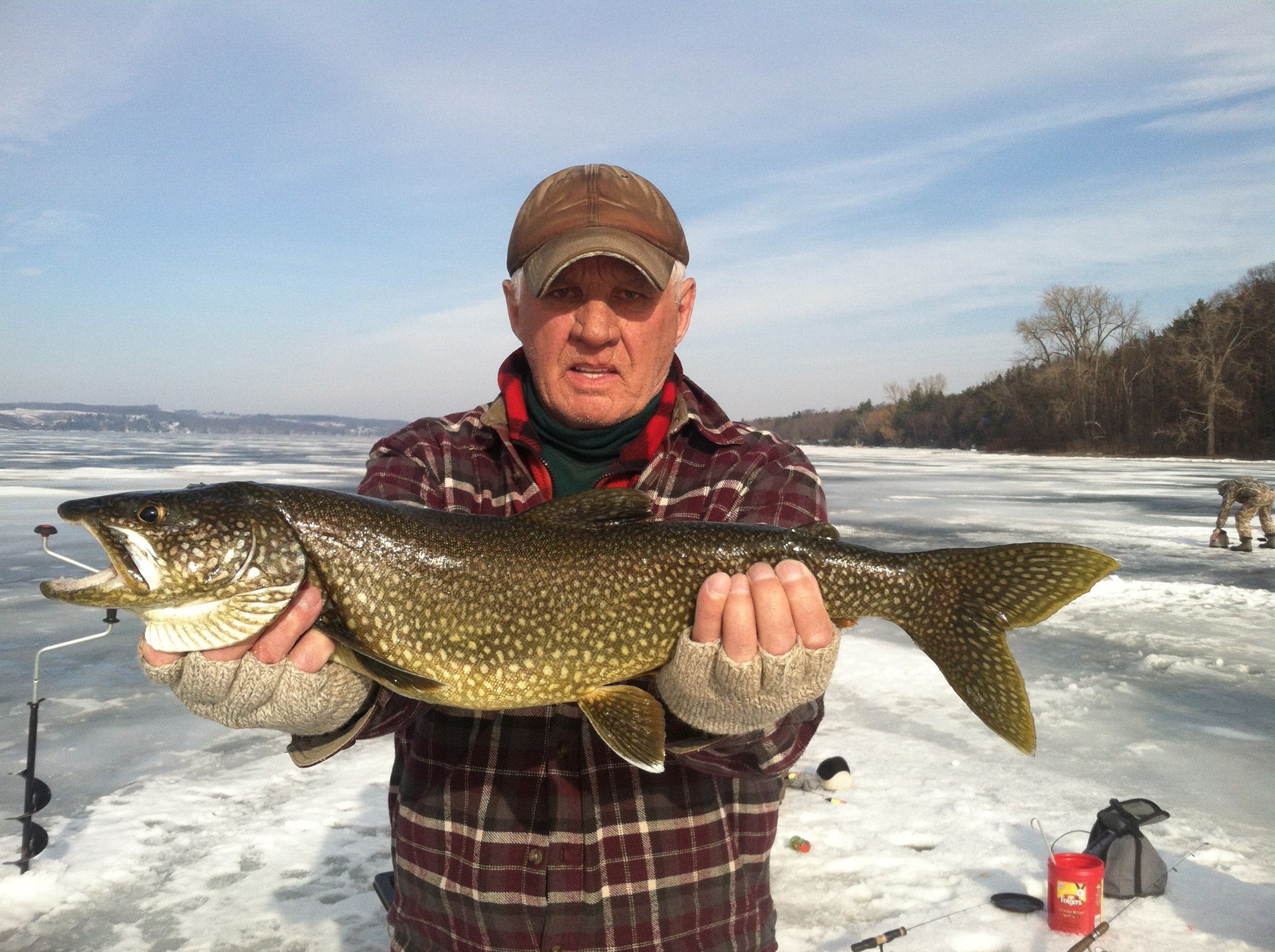 Ice Fishing | Upstate Guide Service